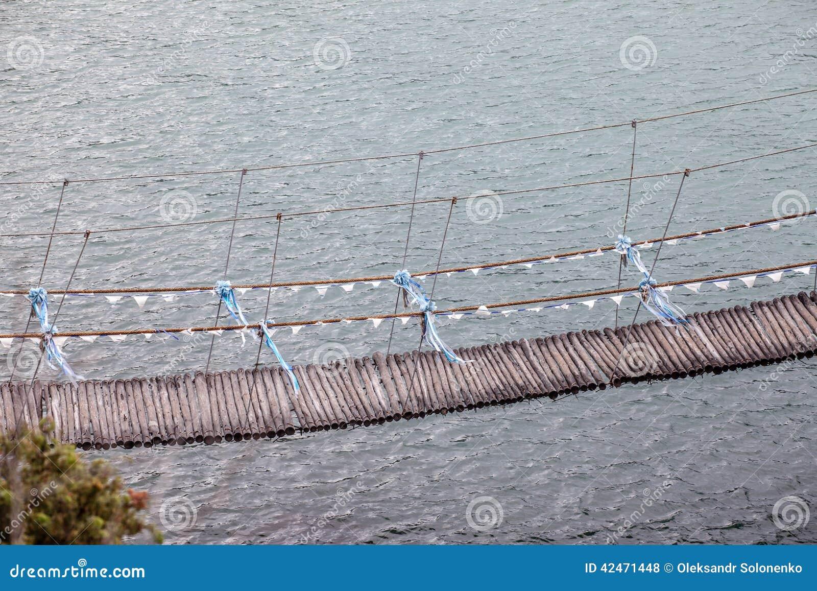 Mittwoch-Dekorbrücke