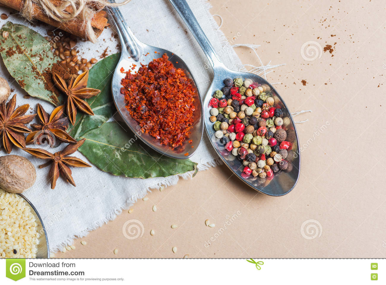 Mix of different spices and herbs cook and cuisine for Plaque decoration cuisine