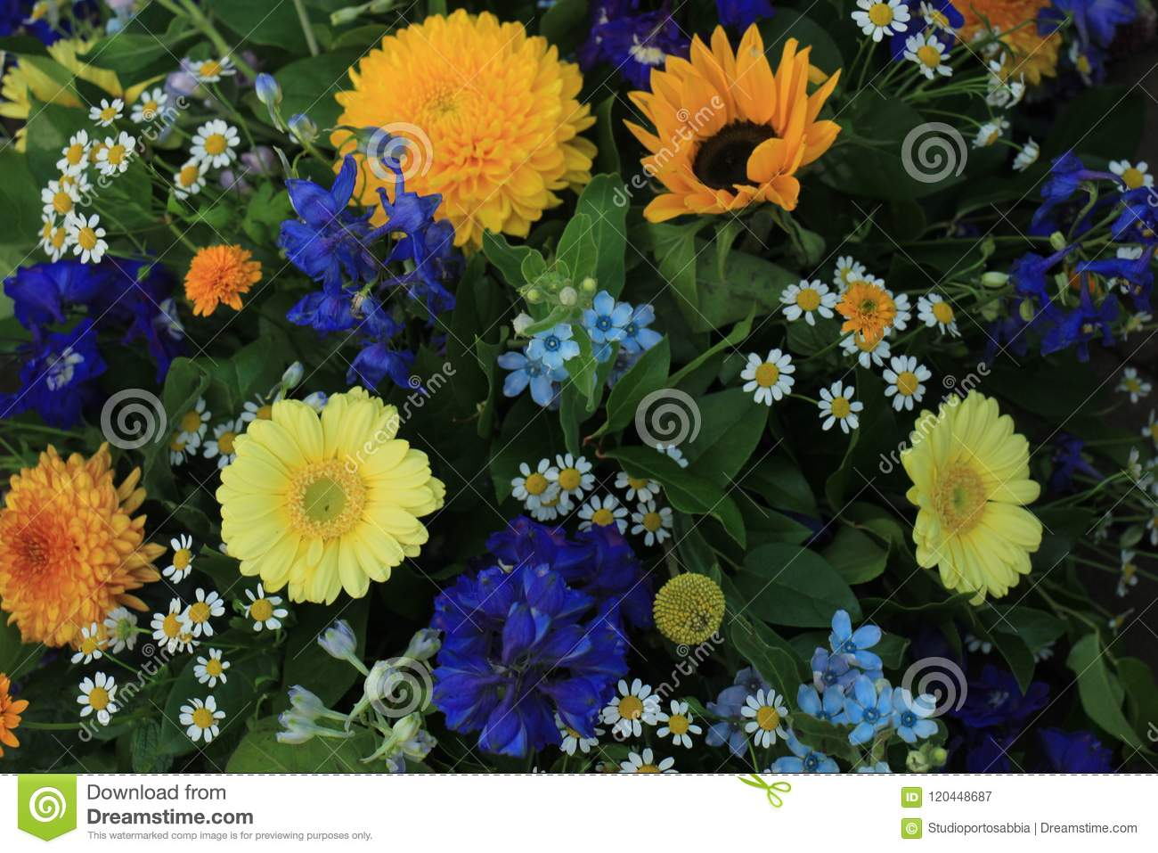 Yellow And Blue Wedding Flowers Stock Image Image Of Flower