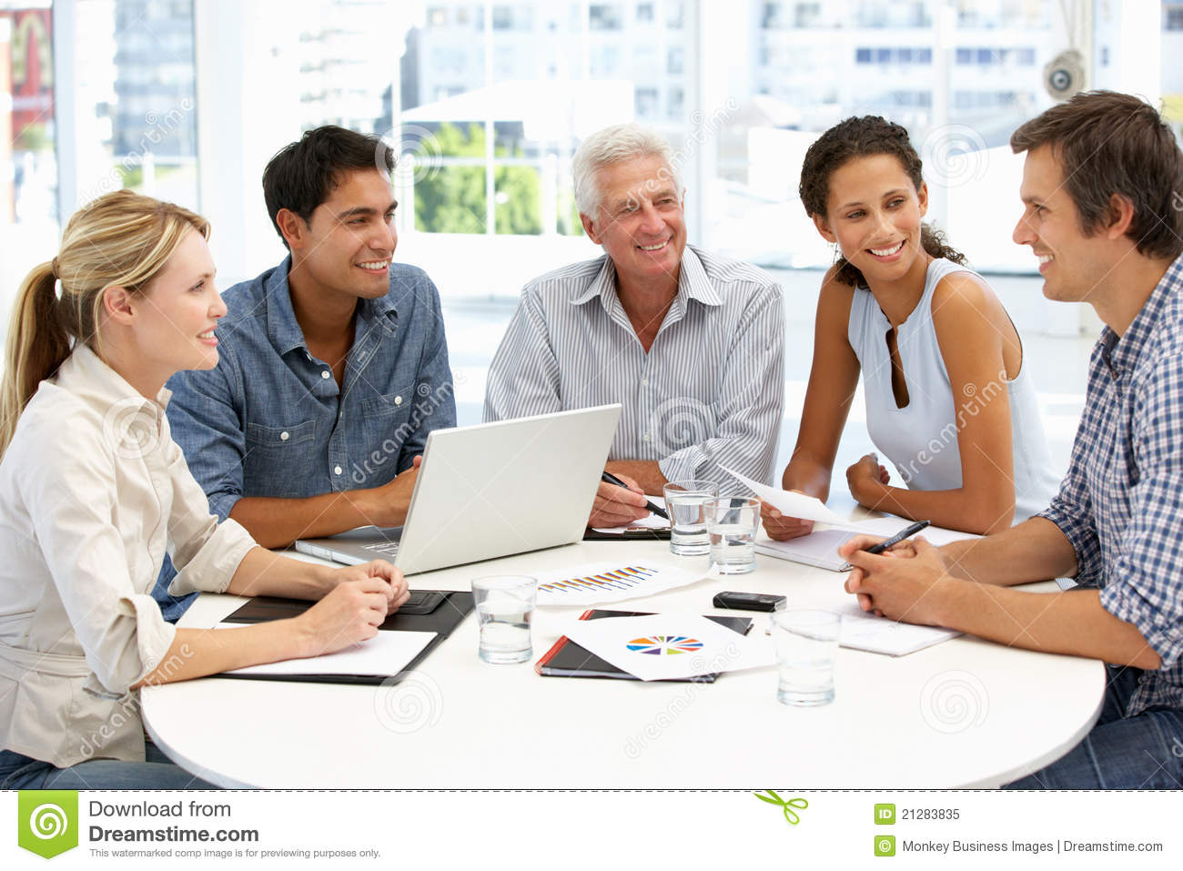 Group In Business Meeting Casual Business Meeting Images