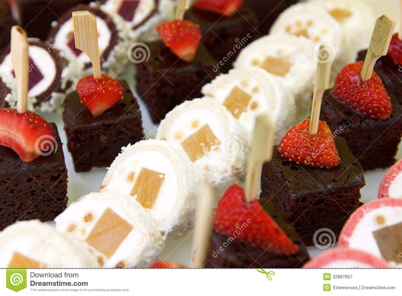 Mixed mini sweet canapes royalty free stock photography for Canape desserts