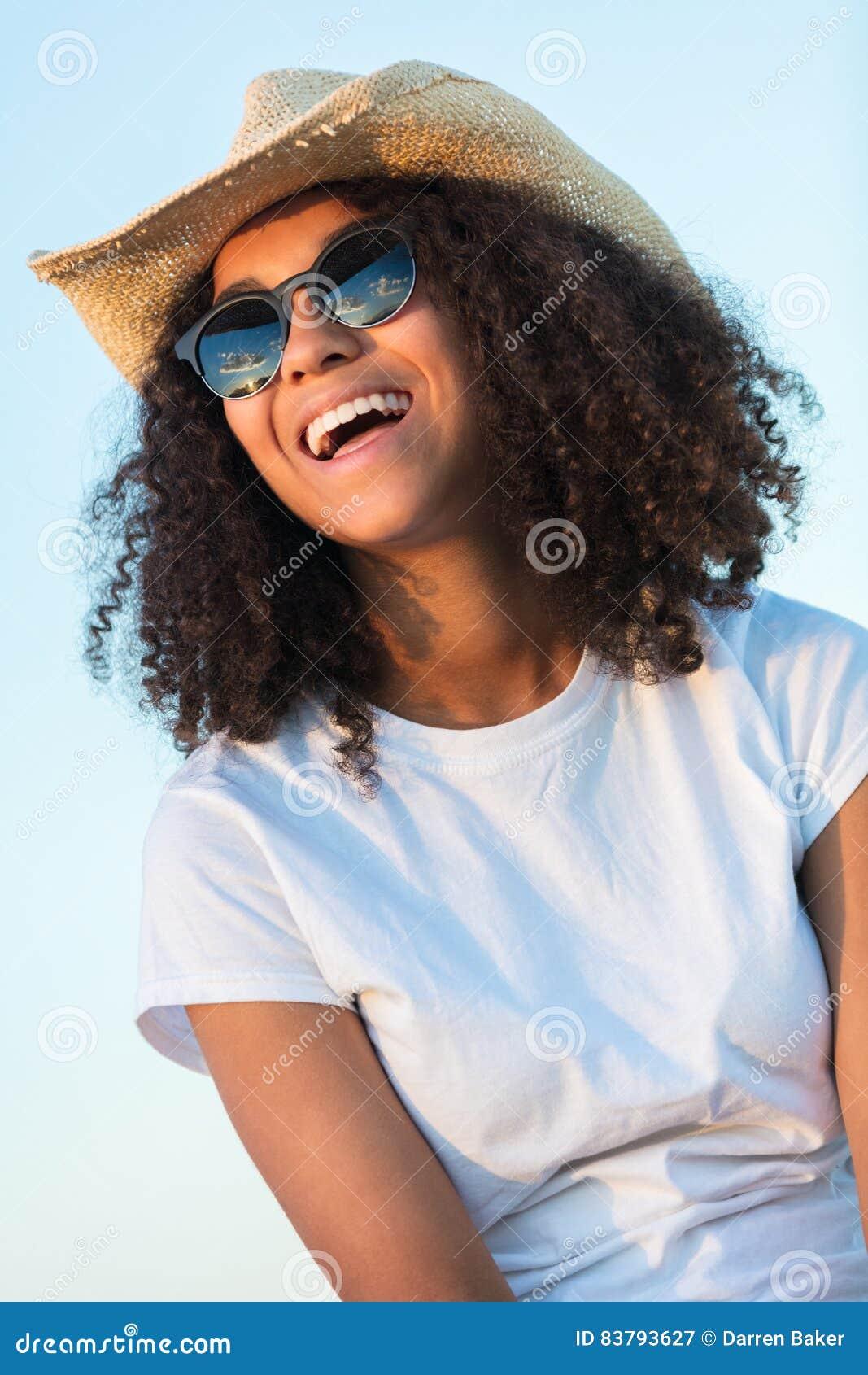 Girl outdoor upskirt