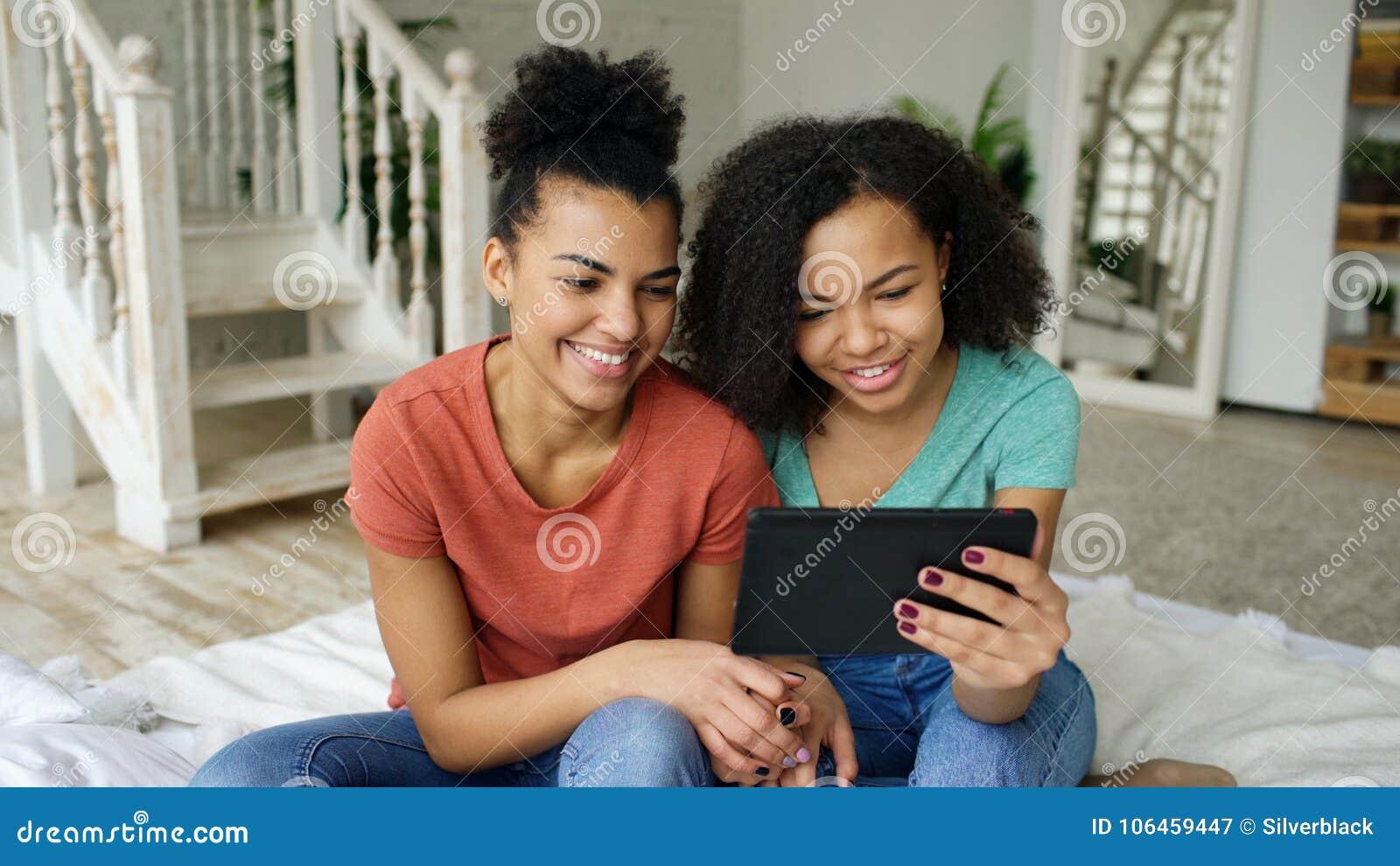 Best Free Lesbian Porn Site
