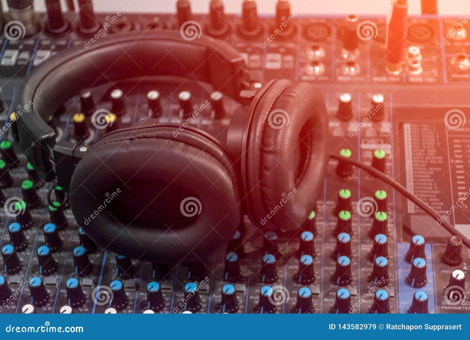 Mixer Audio Sound