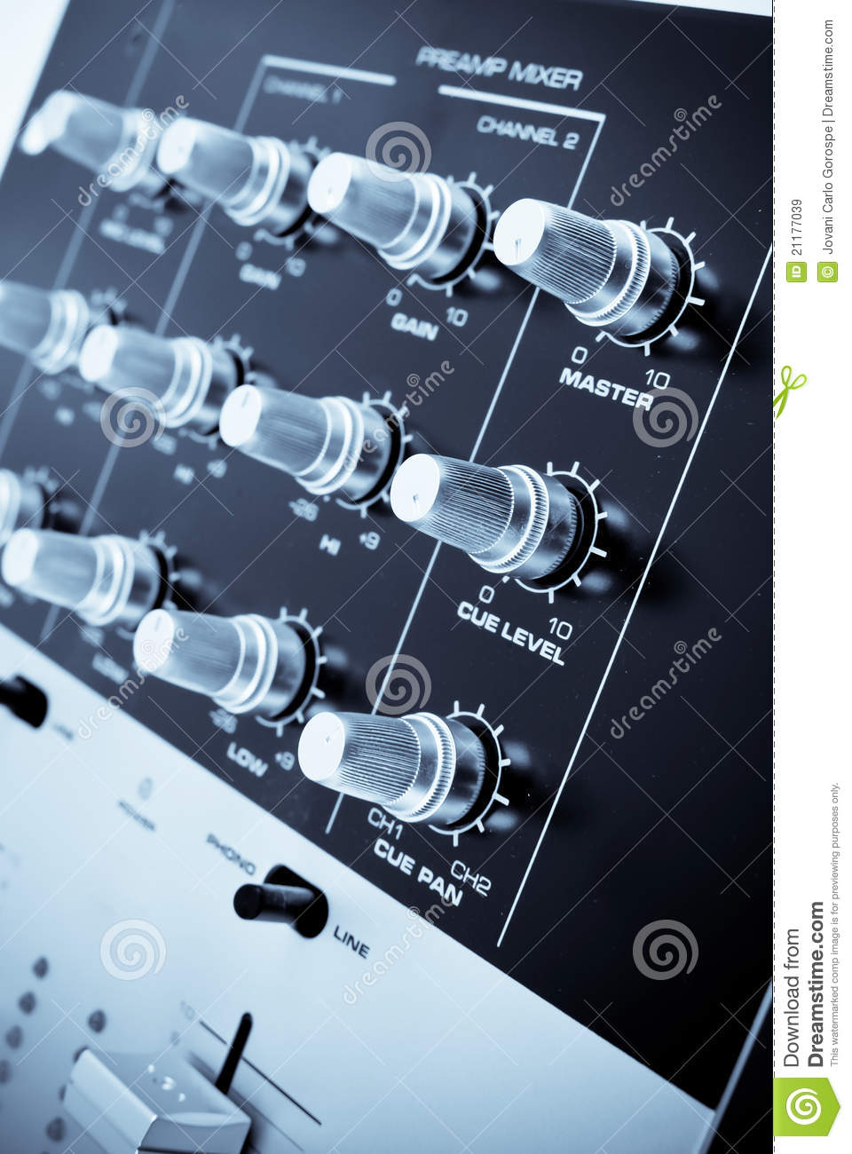 how to connect preamp to mixer