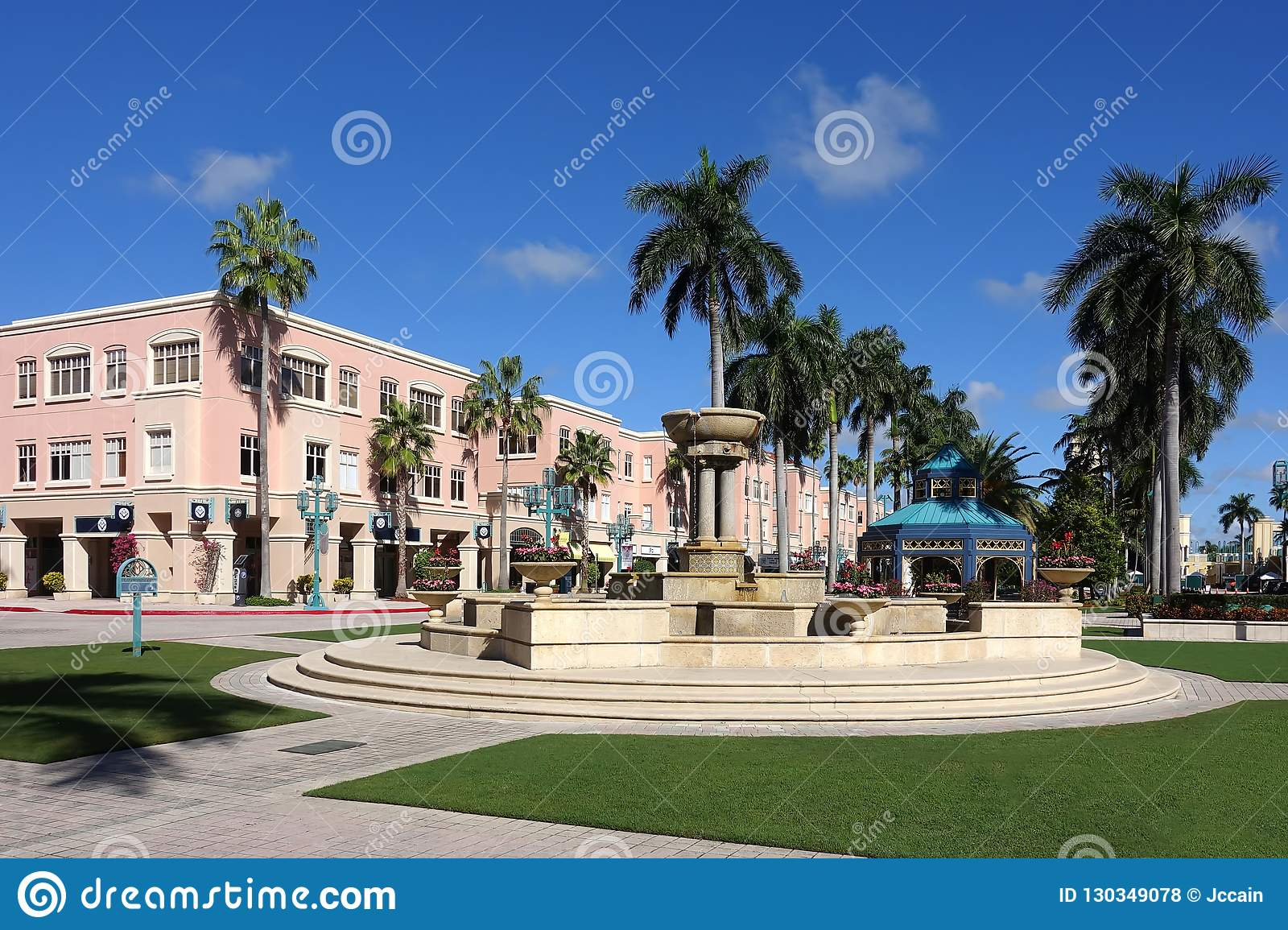 Boca Raton Shopping >> Mizner Shopping Center Editorial Stock Photo Image Of Park