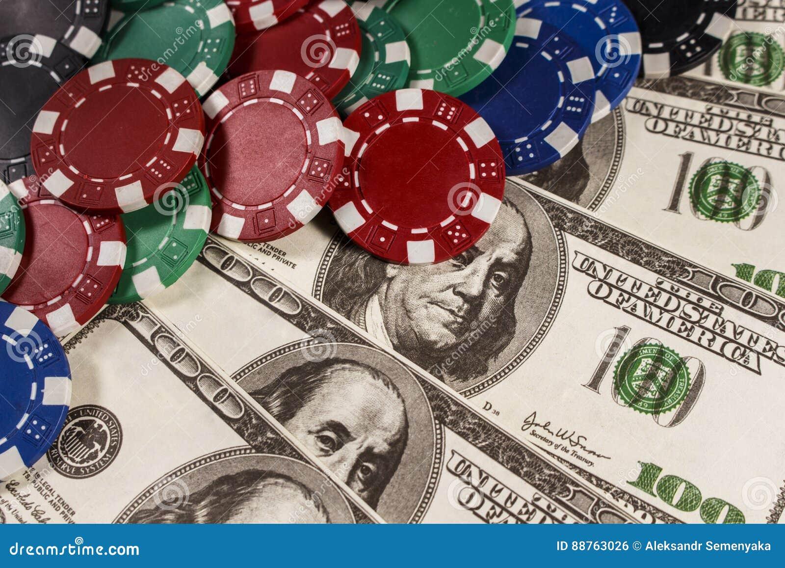 Mnóstwo grzebaków układy scaleni na dolarach
