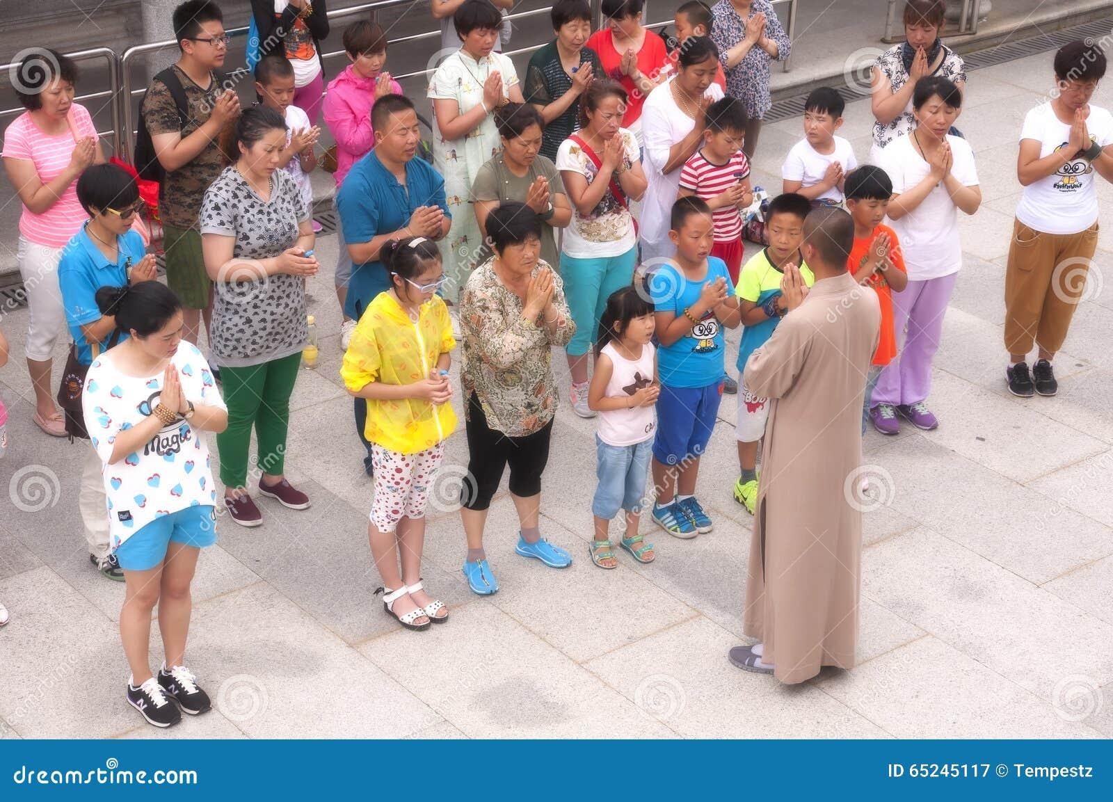 Mnich buddyjski Wiodąca modlitwa