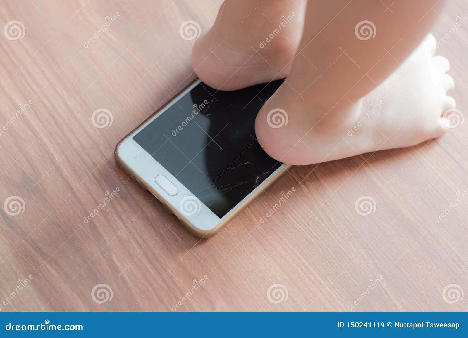 Mobile broken screen by kids