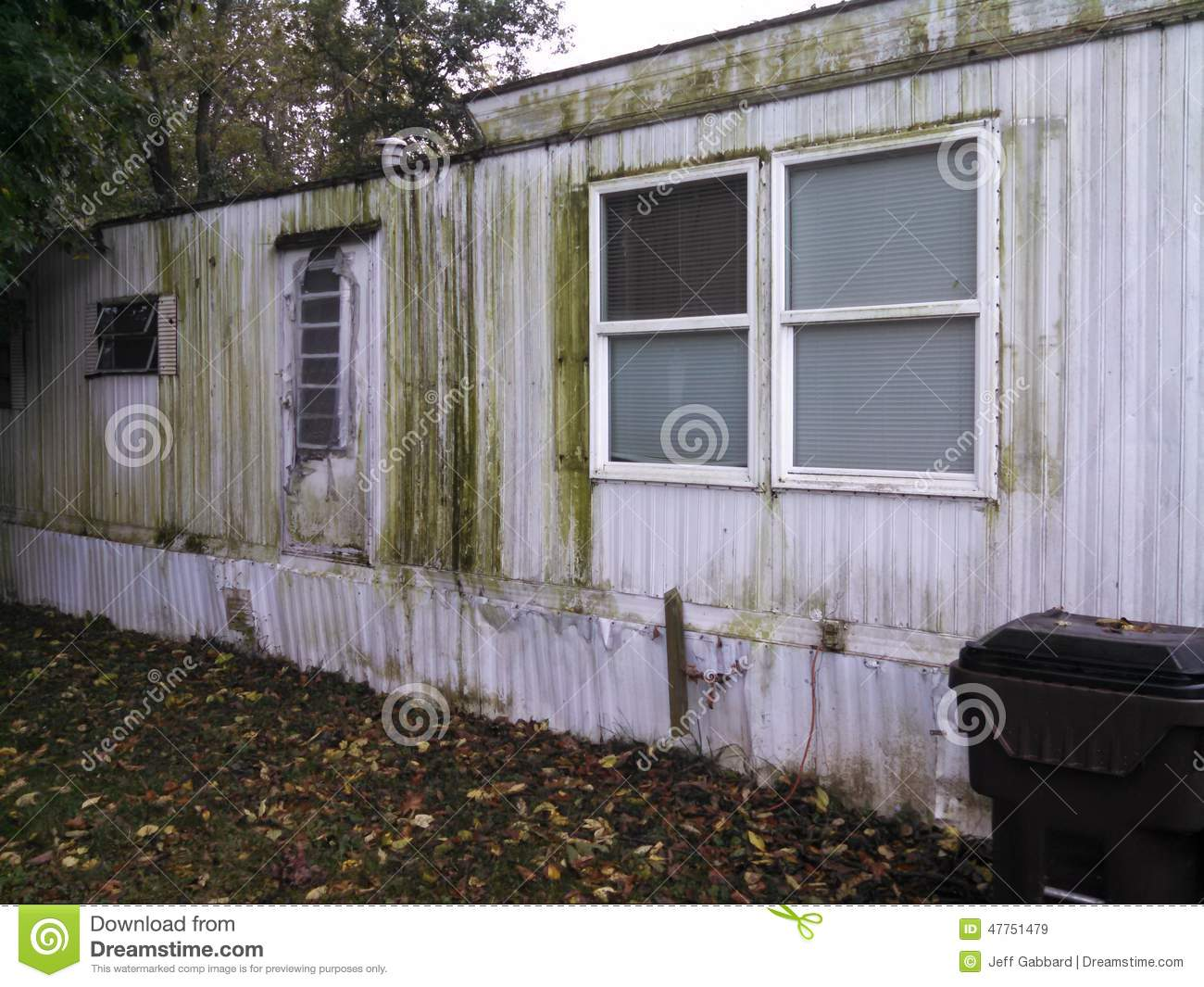 Mobile Home In Poor Condition Stock Photo Image 47751479
