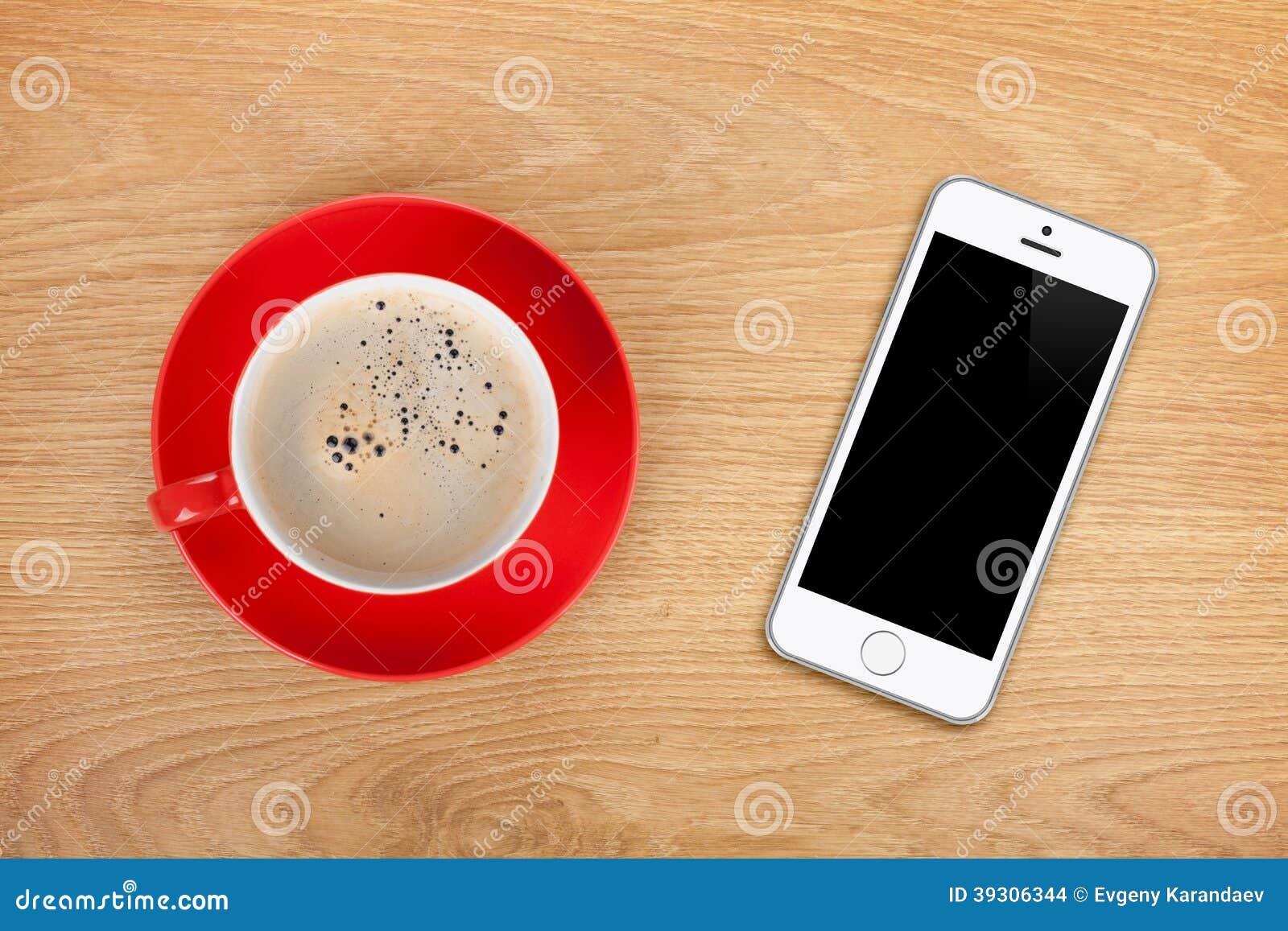 Mobiltelefon- och kaffekopp