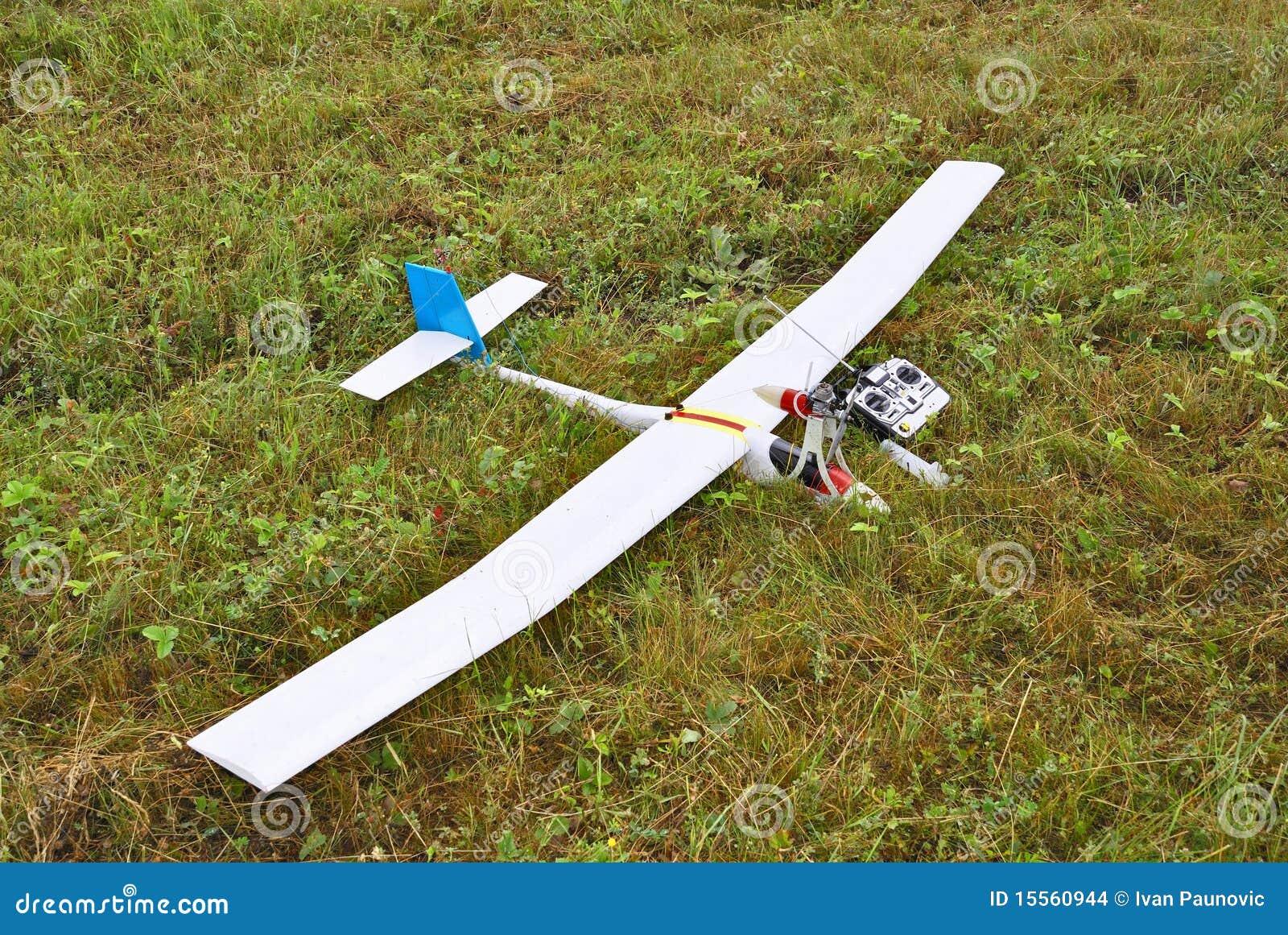 Modèle d avion atterri