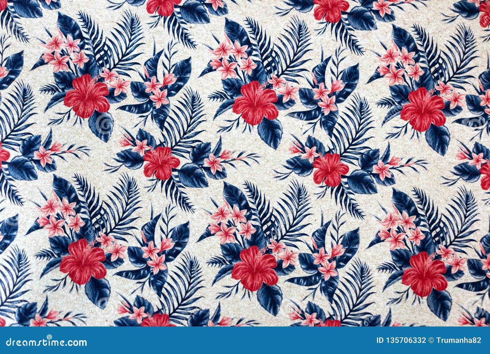 Modèle floral sans couture sur le papier peint
