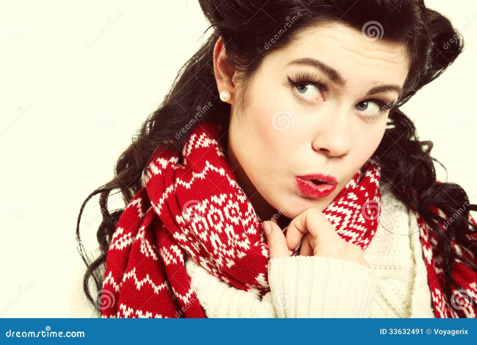 Mode chaude d hiver d habillement de rétro coiffure de femme
