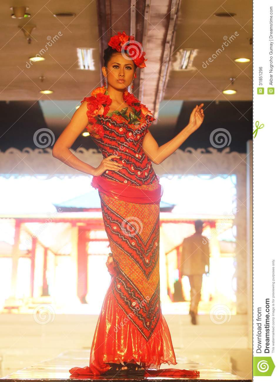 Model At Fashion Show Wearing Chinese Batik Collection Editorial Photo ...