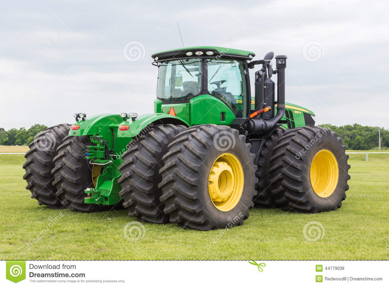 Farm Tractor 2 Wheel : Model john deere tractor editorial photo image of