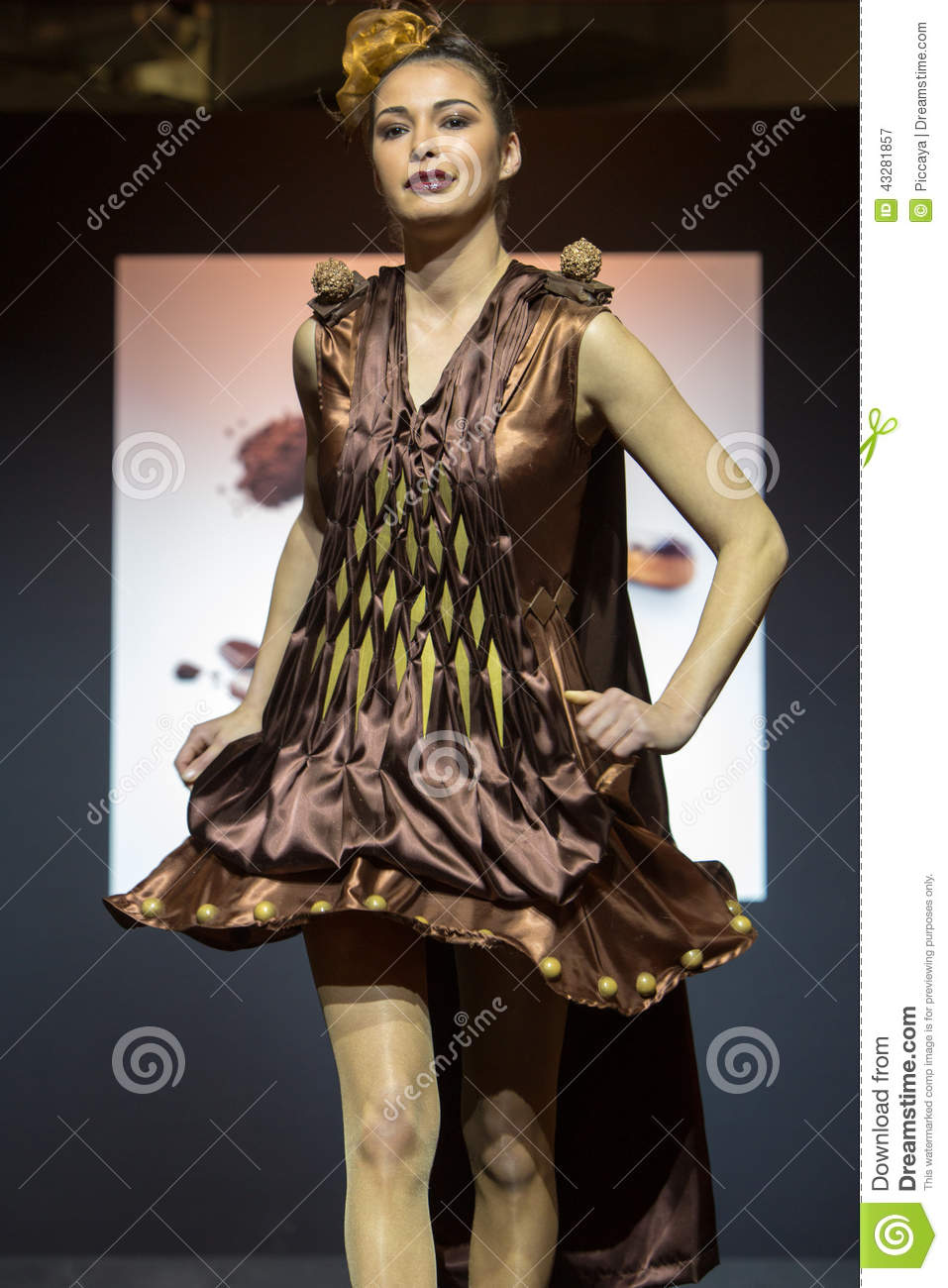 Model Walking With Chocolate Dress During Fashion Show Editorial ...
