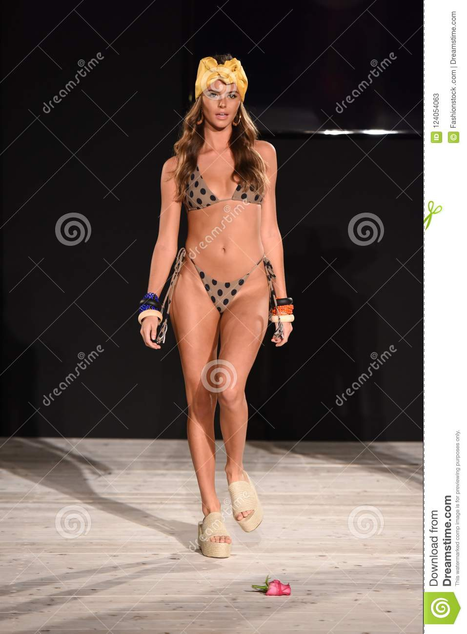 A Model Walks The Runway For ISHINE365 During The Paraiso Fashion