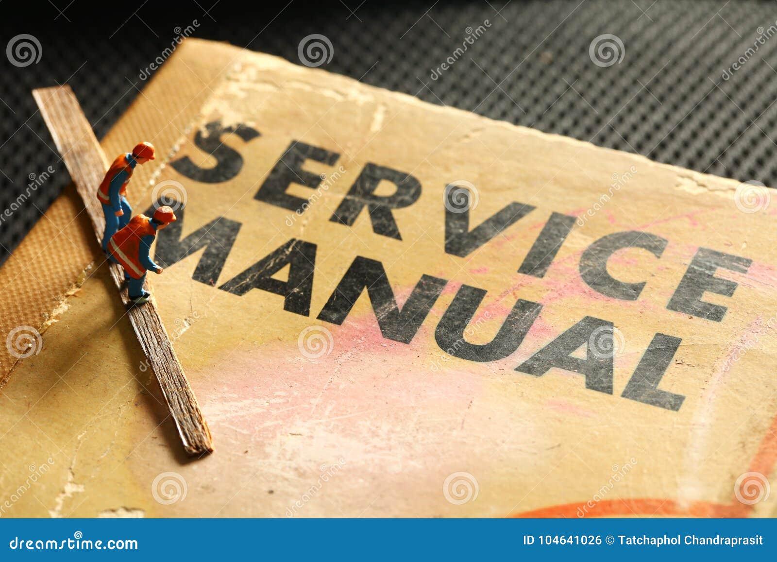 Download Modelcijfer En Oud De Dienstboek Stock Foto - Afbeelding bestaande uit hand, auto: 104641026