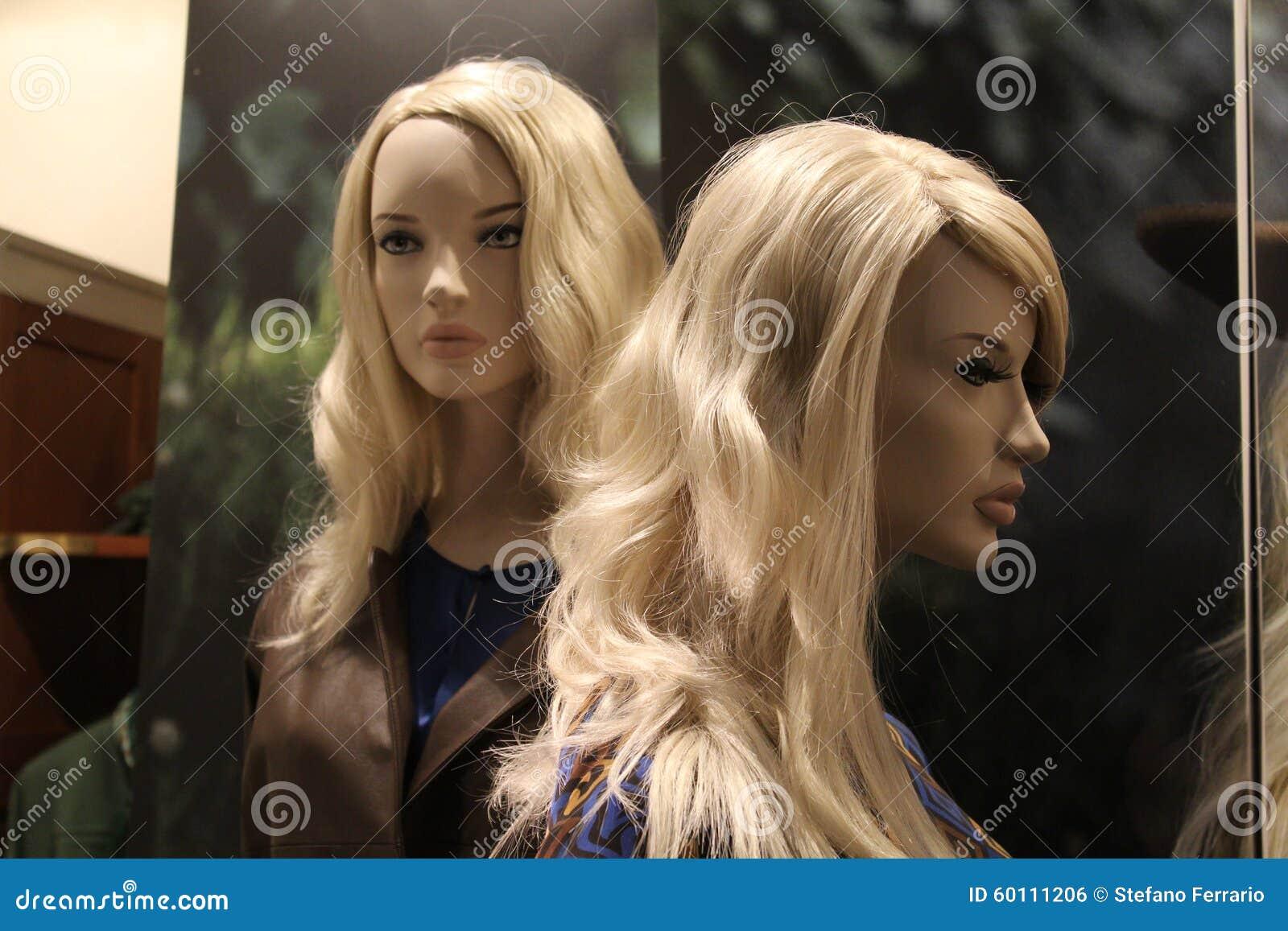 Modellen van jonge vrouwen