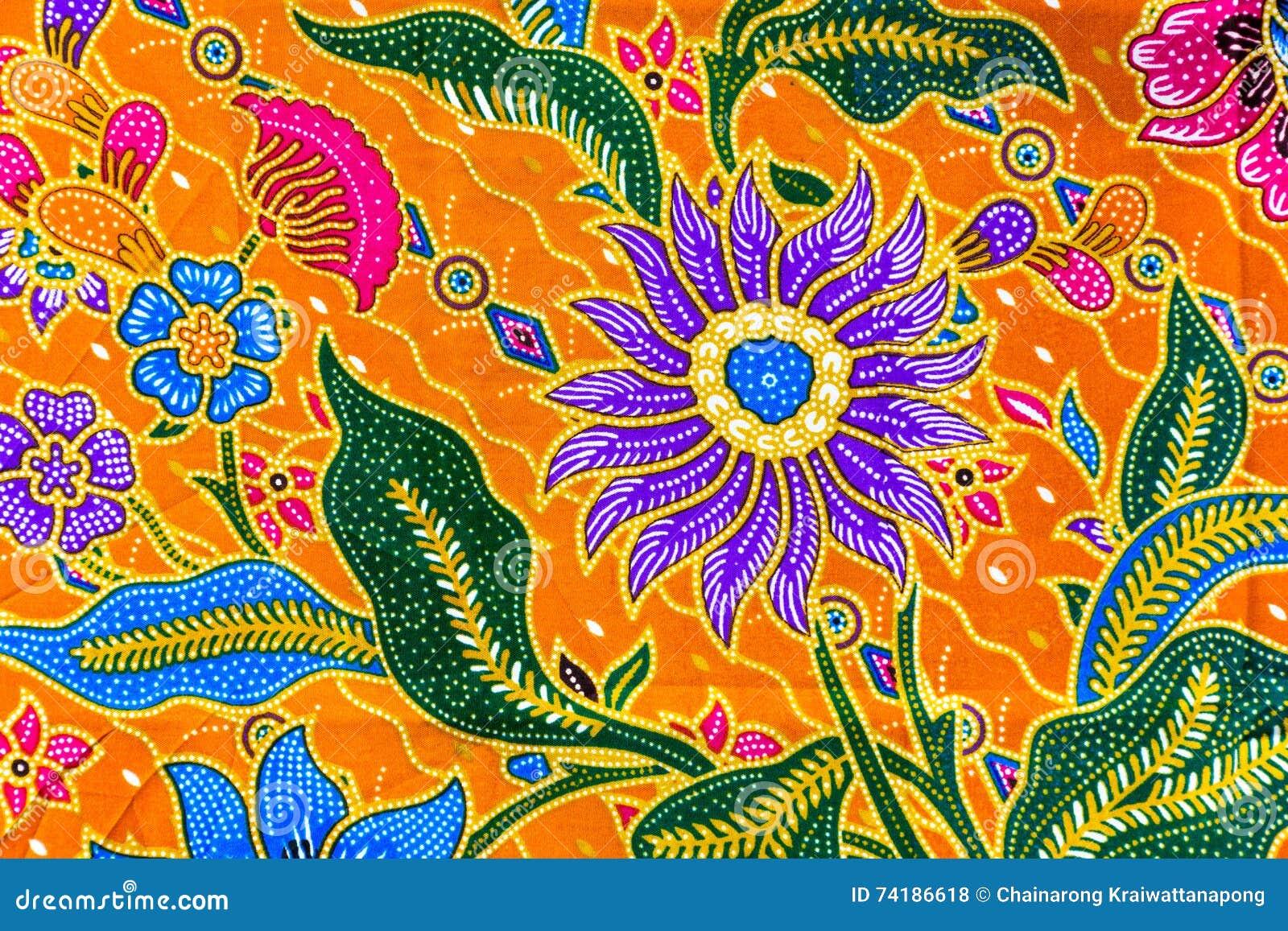 Modello dei sarong del batik, sarong tradizionale del batik in asiatico