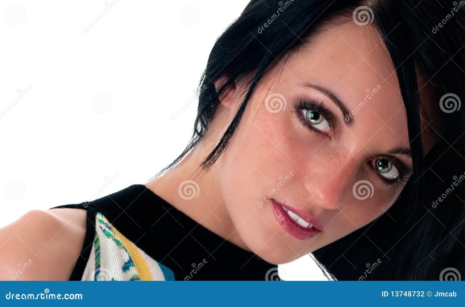Modello del brunette del primo piano con gli occhi verdi for Piani principali del primo piano