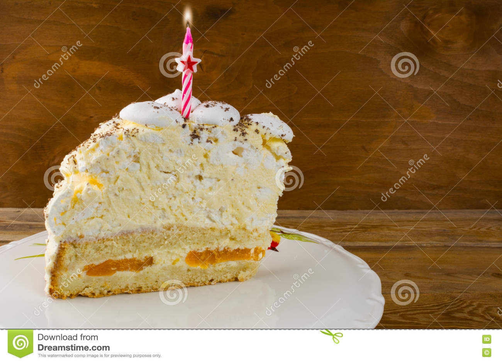 Modello dell invito della torta di compleanno