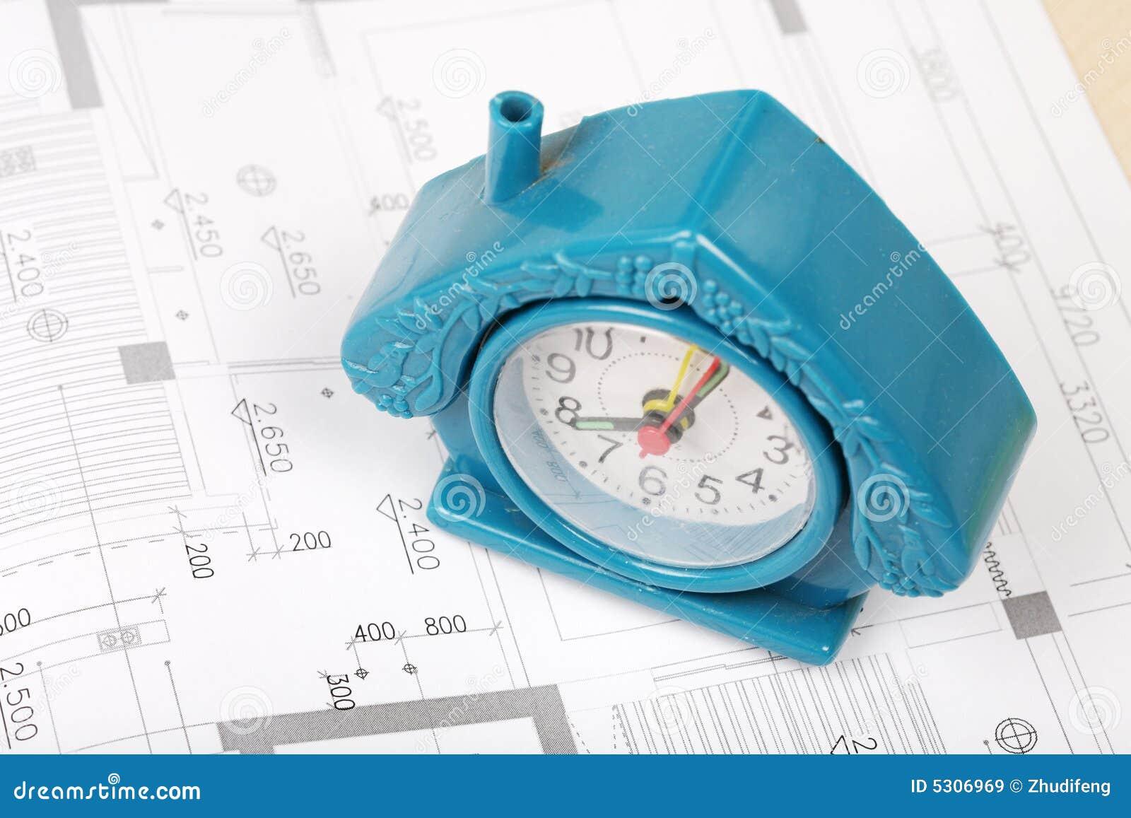 Download Modello Della Camera Sulla Cianografia Immagine Stock - Immagine di casa, orologio: 5306969