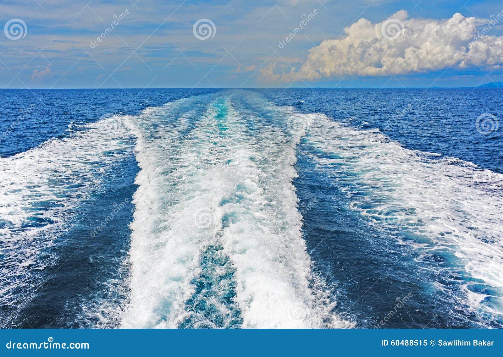 Modello di risveglio generato in piccola barca