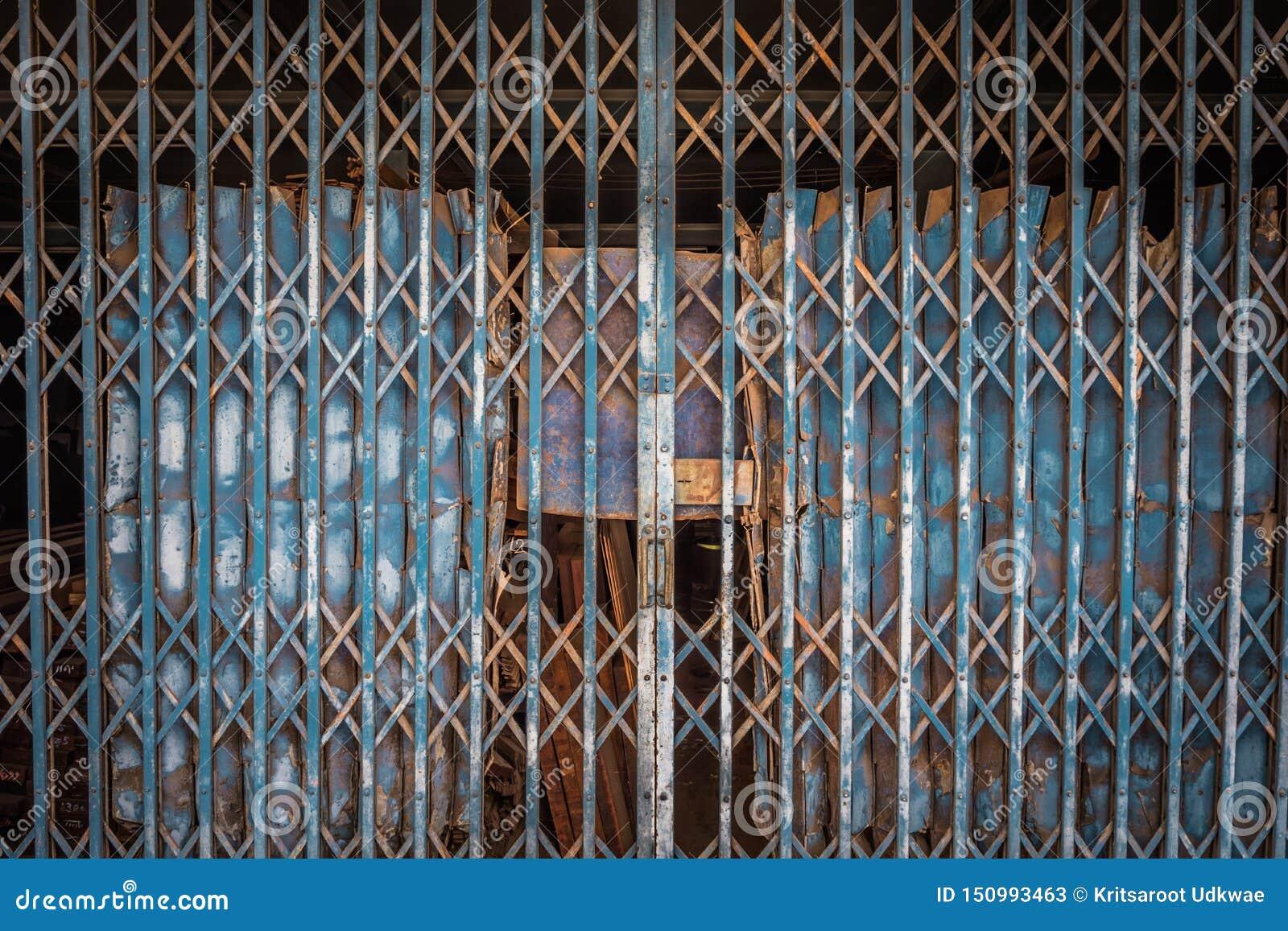 Modello e fondo d acciaio pieganti di struttura della porta della porta d acciaio