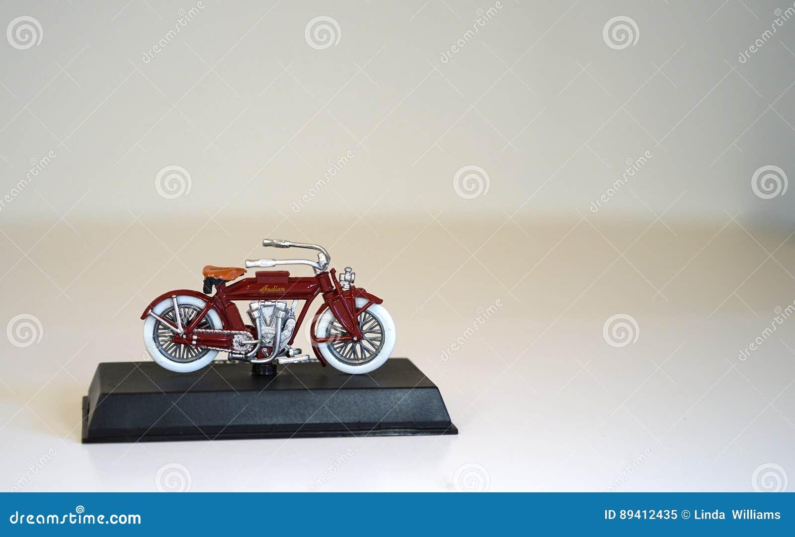 Modelo à escala - motocicleta indiana