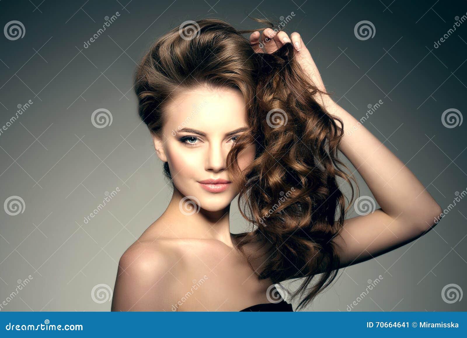 Peinados y cortes de pelo largo