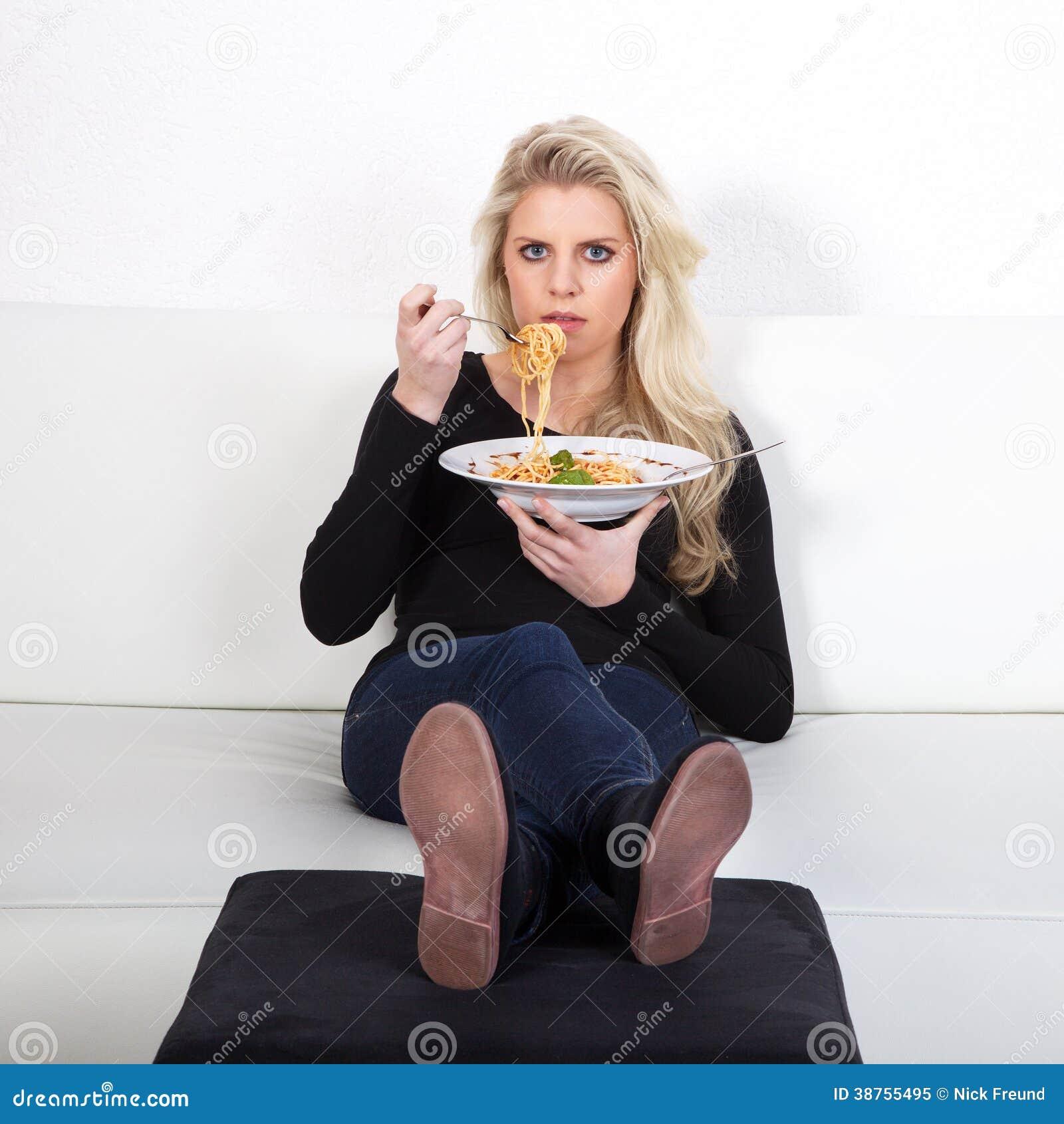 Modelo con spagetti