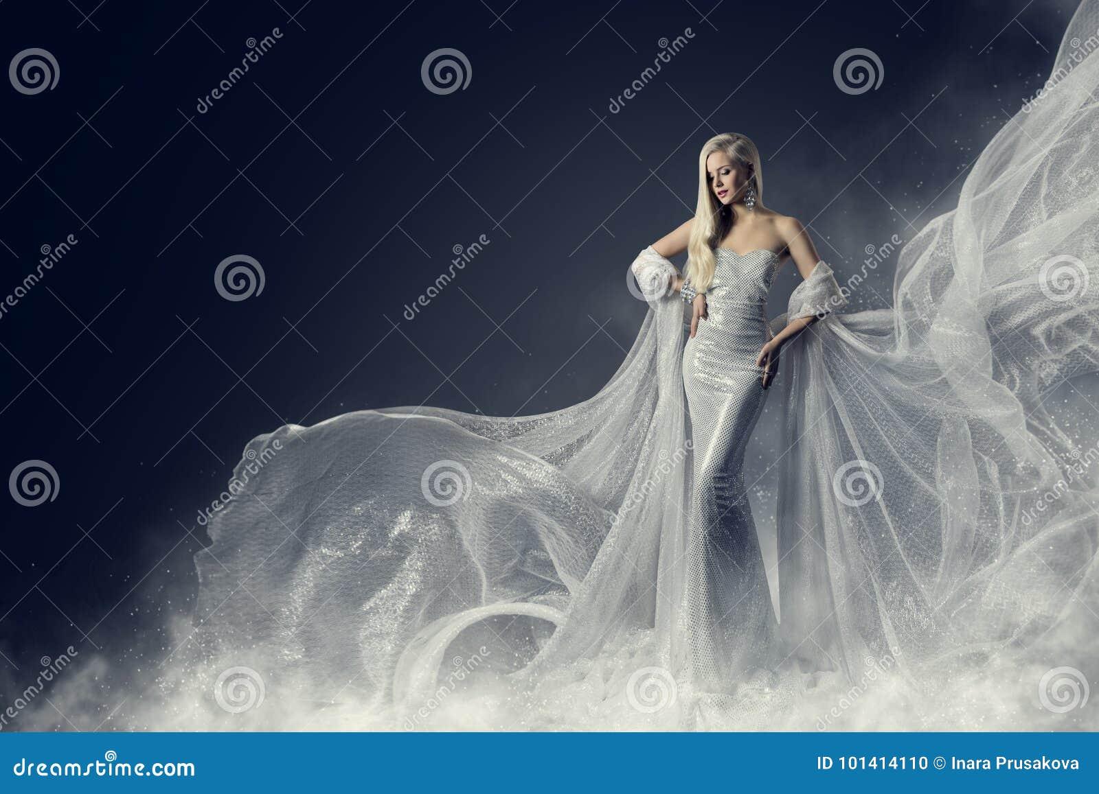 Modelo de forma Beauty Dress, vestido de prata de ondulação de pano, mulher
