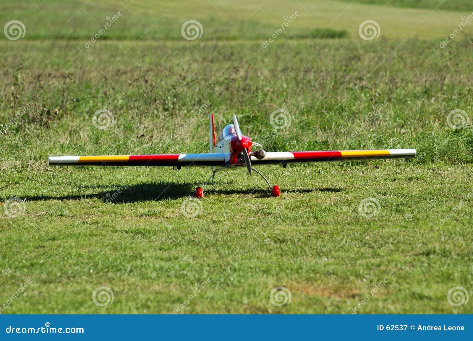 Modelo de radio de los aviones