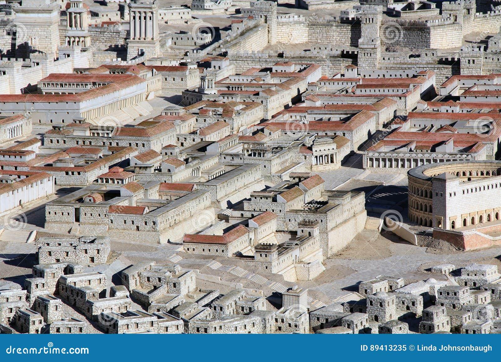 Modelo do Jerusalém antigo que focaliza em dois palácios