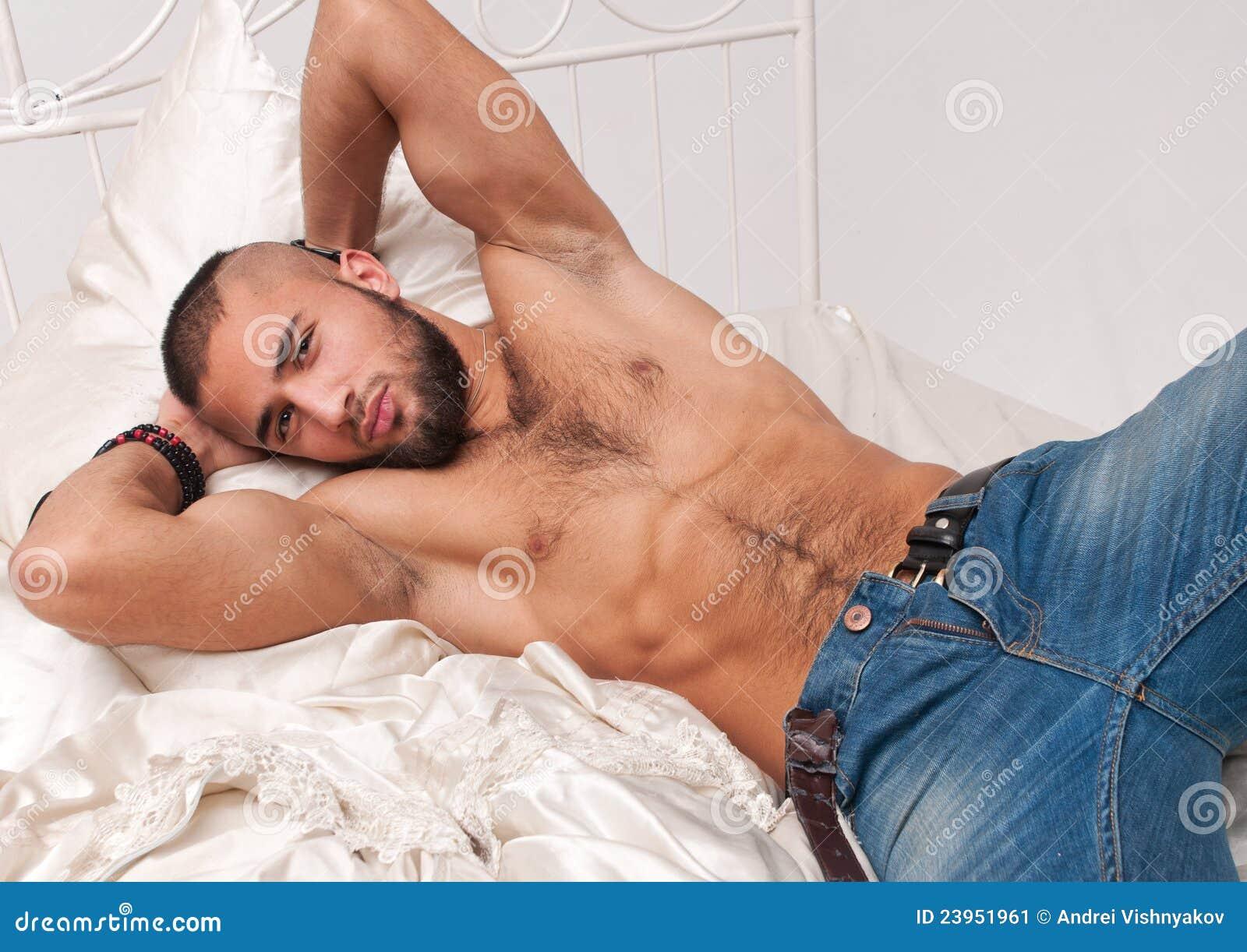 fotos de putas en la cama modelo