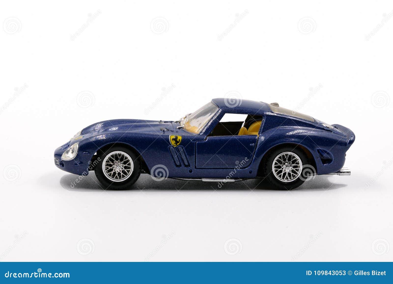 Reducida Solido Foto Escala A Ferrari Modelo De Por 250 Gto 7IbYf6vgy