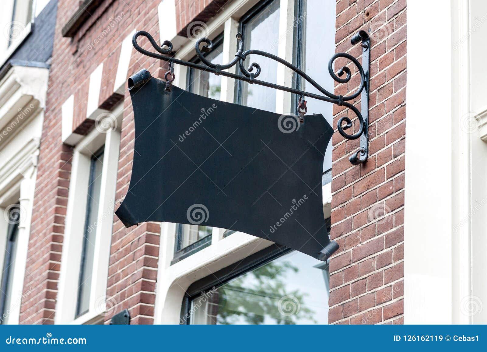 Modelo exterior do sinal do restaurante do vintage vazio para adicionar o texto ou o logotipo