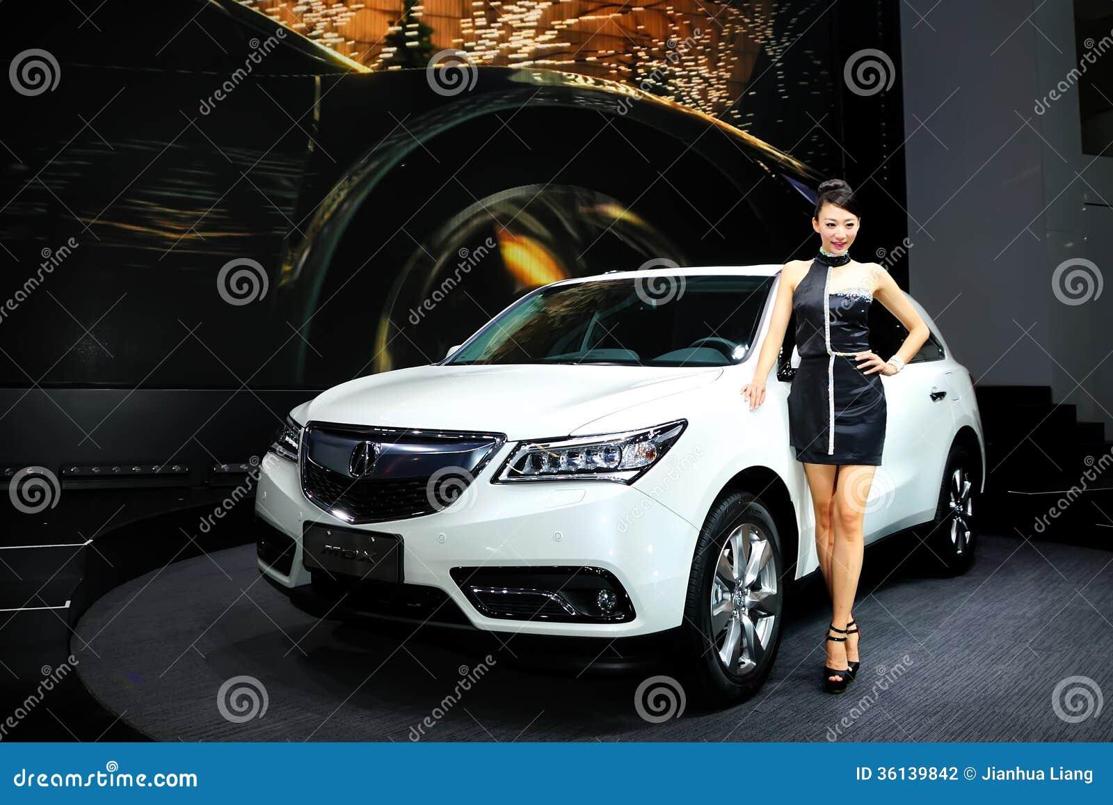 Modelos de forma em ACURA MDX SUV
