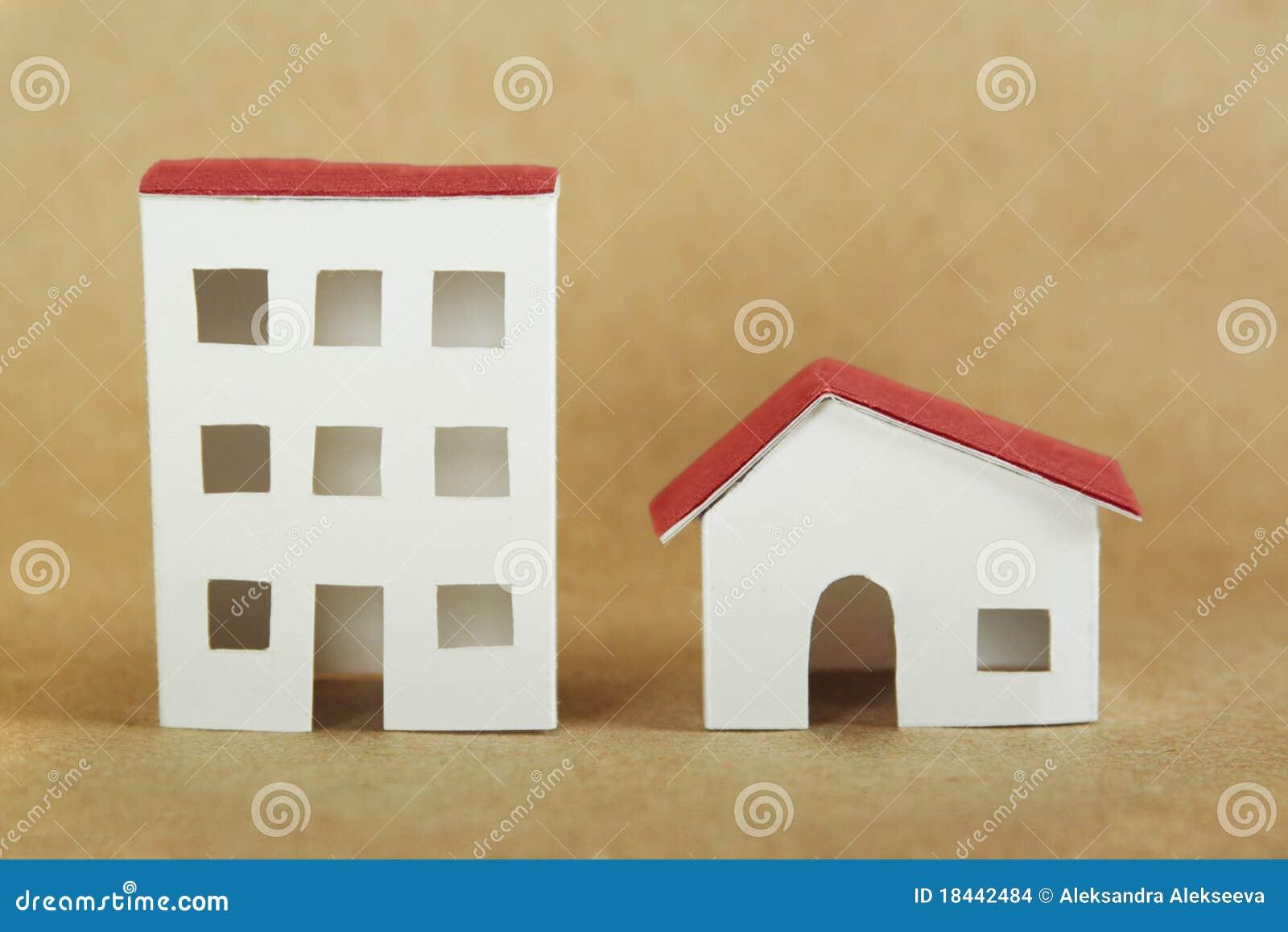 Мастерим домик из бумаги своими руками