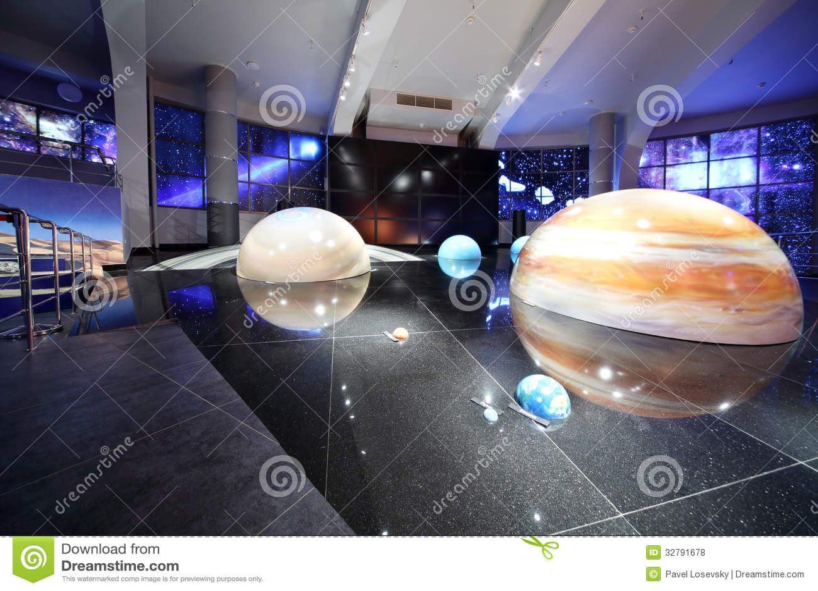 giant solar system model - photo #4