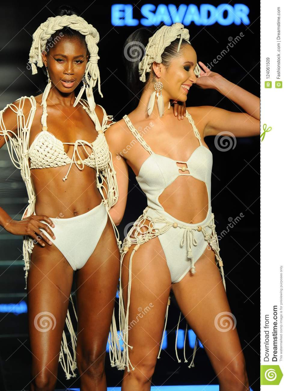 Models Wear Fashions By Design Students Of Miami International University Of Art And Design Editorial Stock Image Image Of Pretty Design 124061509