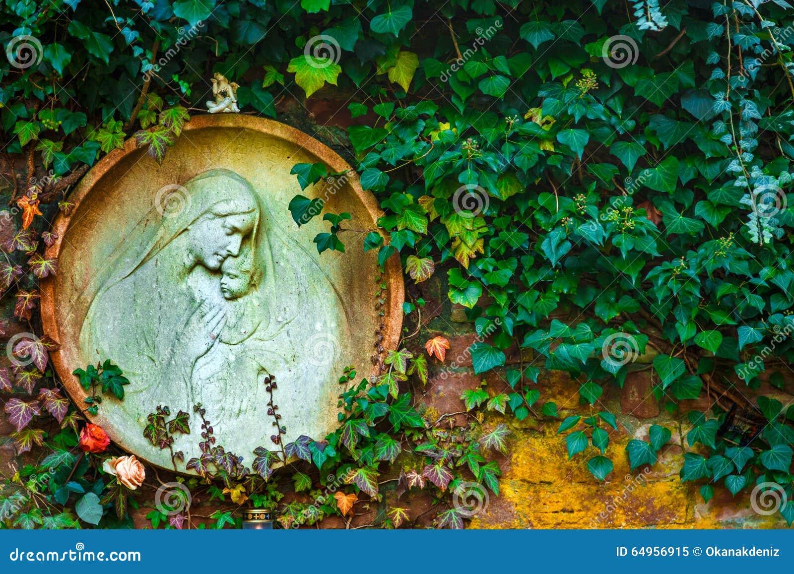 Moder Mary och Jesus Born Christianity Religion i natur