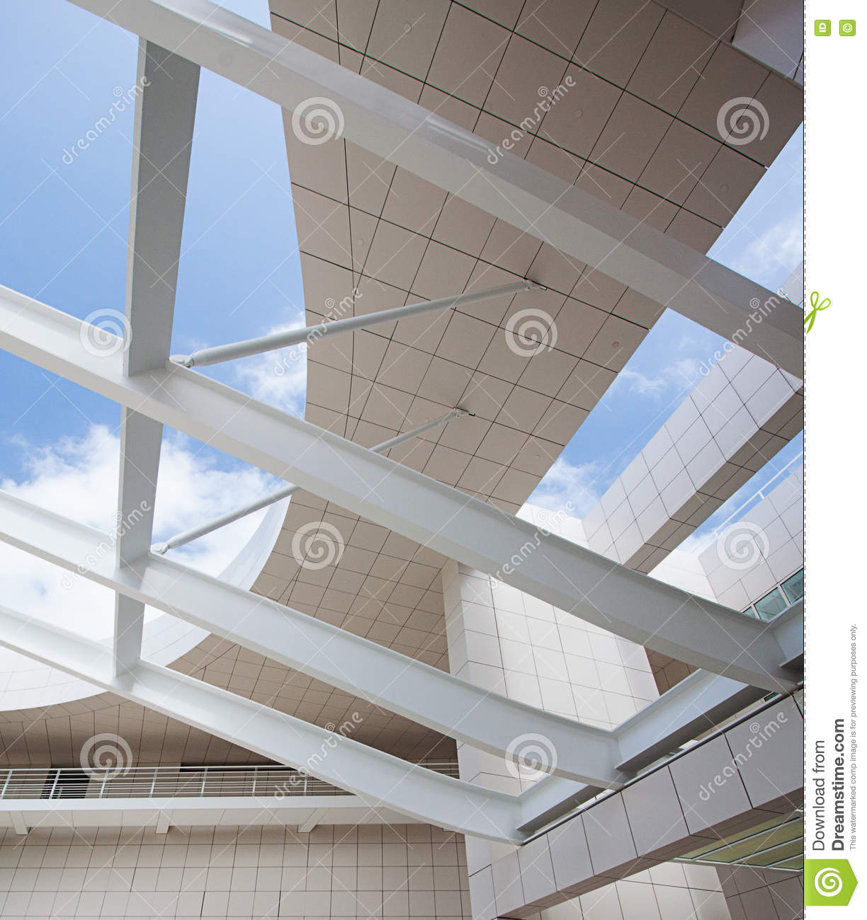 Modern Architectural Features
