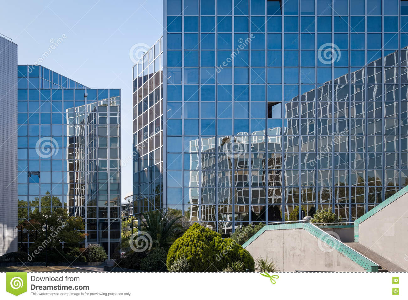 Modern architecture in toulouse france stock photo for Architecture toulouse