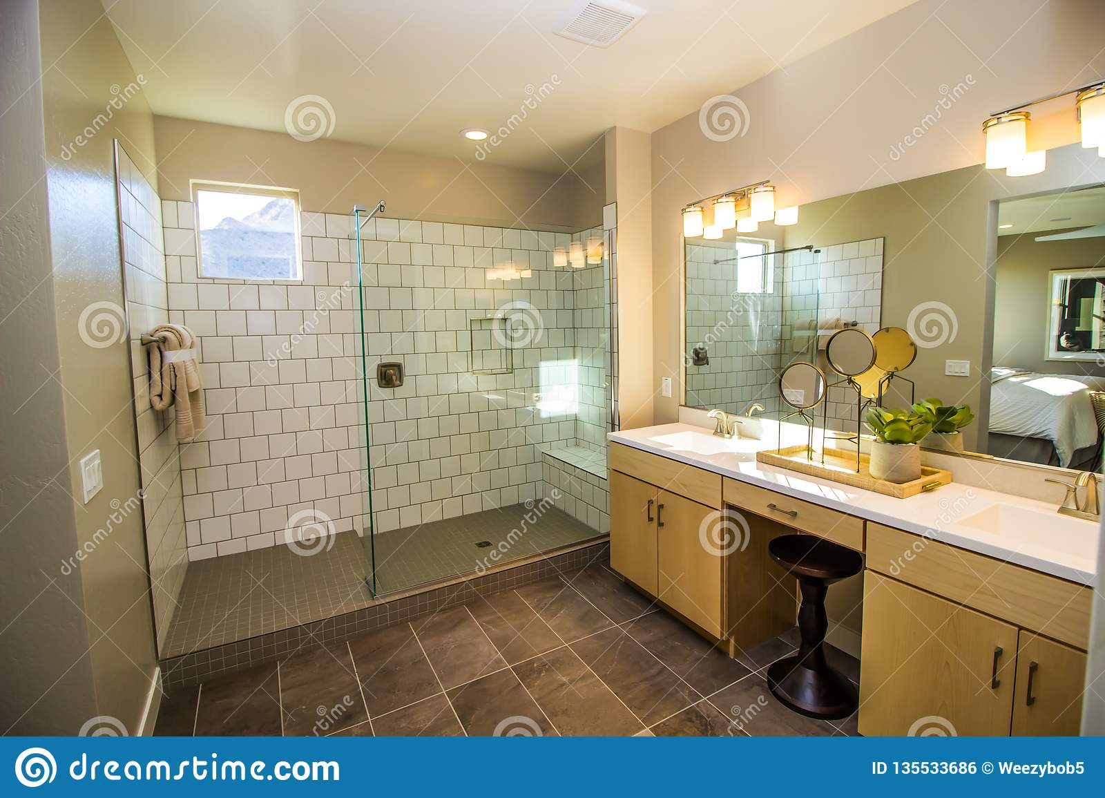 526 Modern Walk Shower Photos Free Royalty Free Stock Photos From Dreamstime