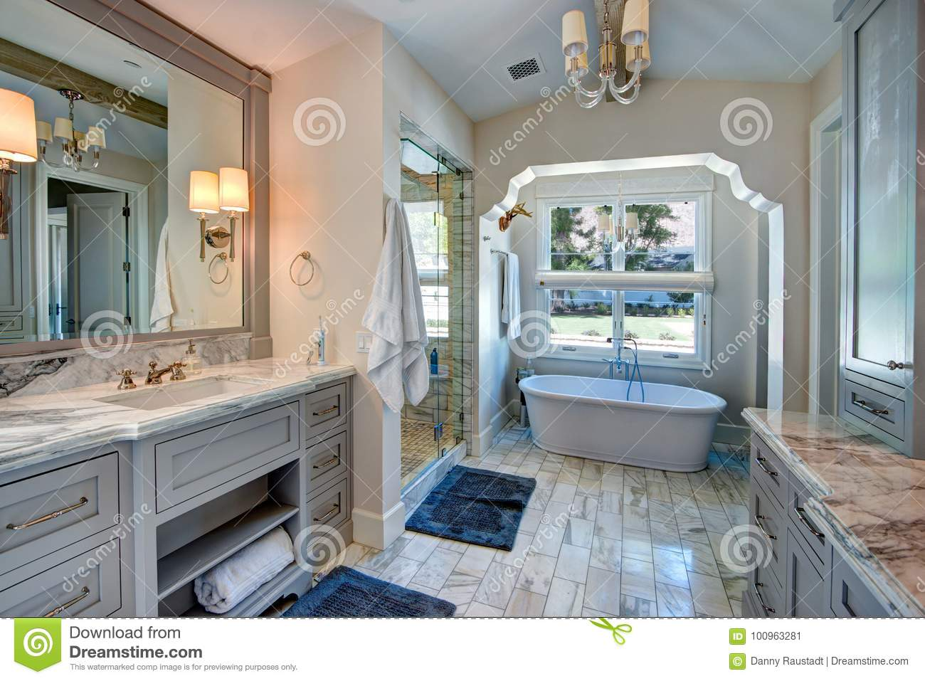 465 770 Bathroom Photos Free Royalty Free Stock Photos From Dreamstime