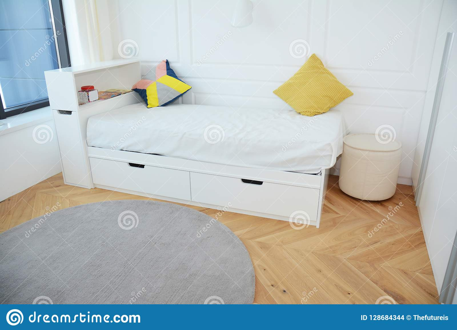 Modern Bedroom Interior Design With Luxury White Child Bed ...