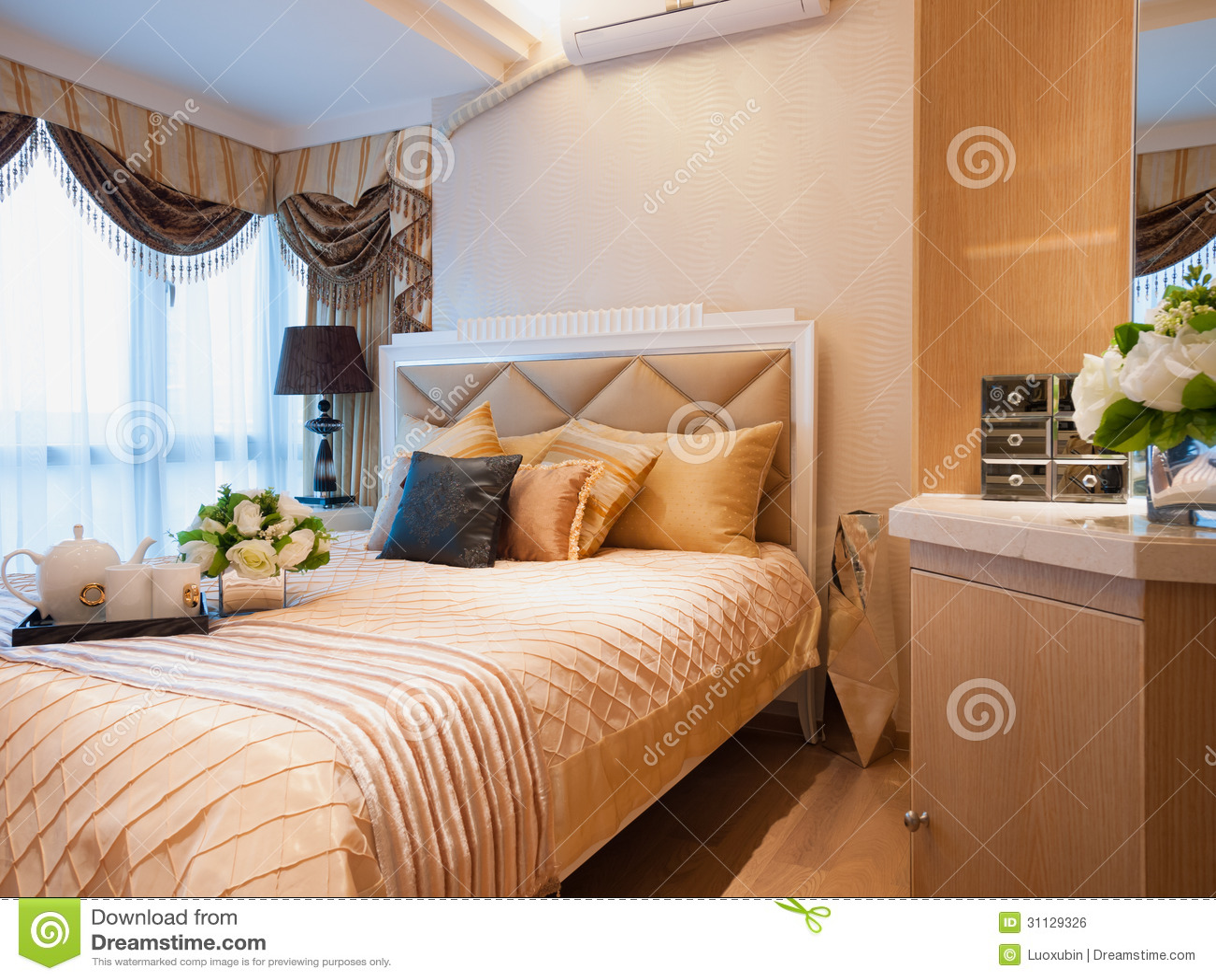 Modern Bedroom Royalty Free Stock Image Image 31129326